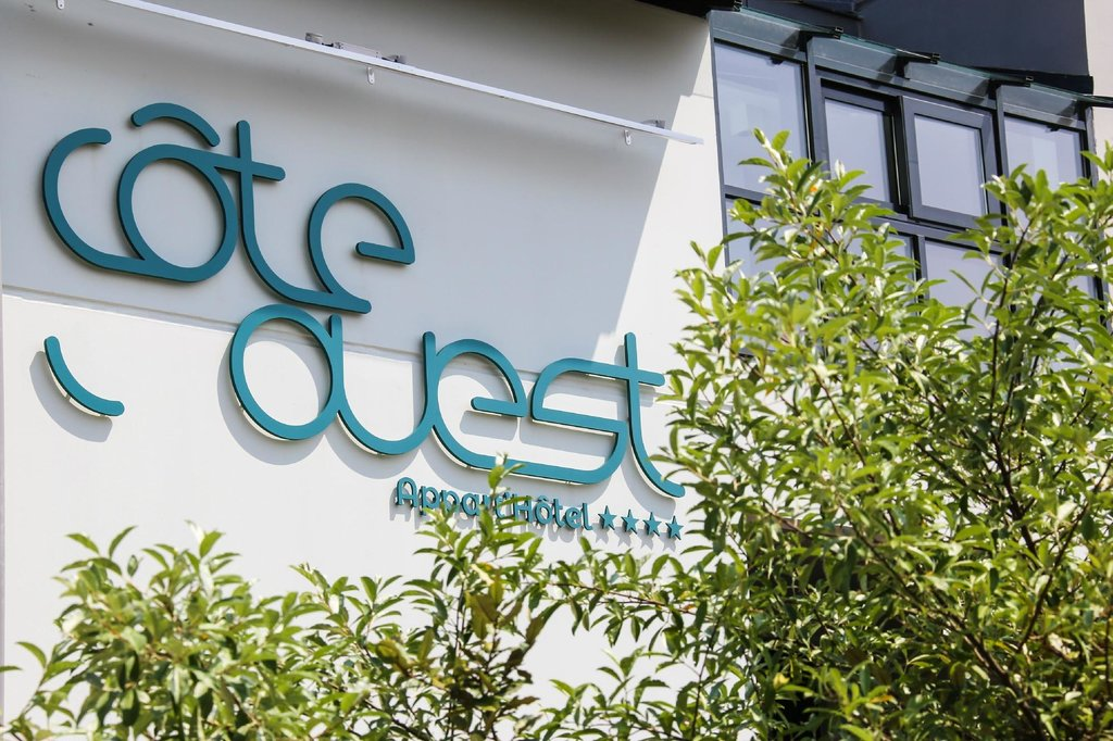 Cote Ouest Apartment Hotel