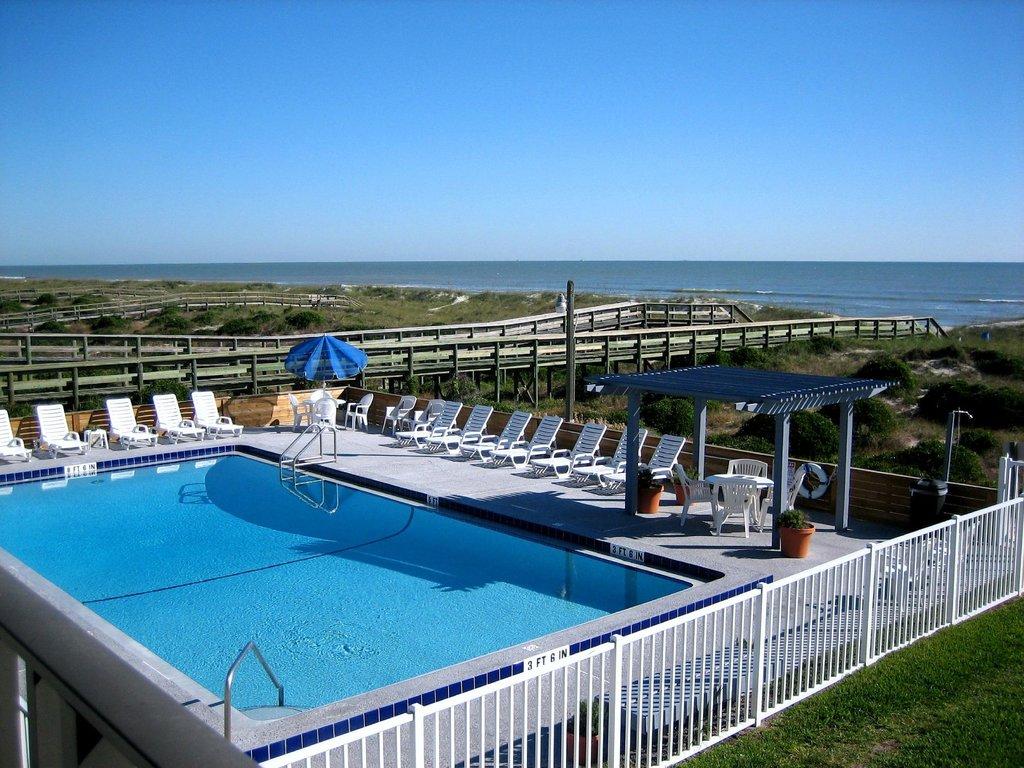 Beachside Motel
