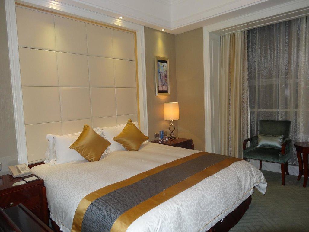 Lan Tian Hotel Huangxing Road