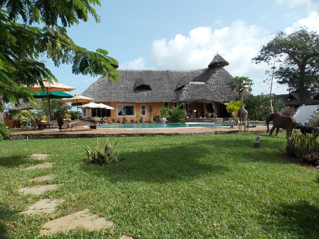 ‪Diani Backpackers‬