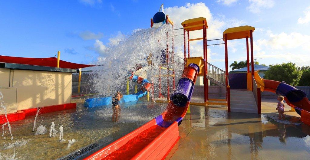 庫里米內海灘假日公園酒店