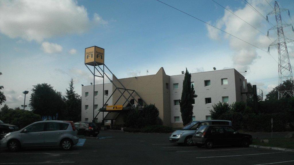 hotelF1 Villepinte
