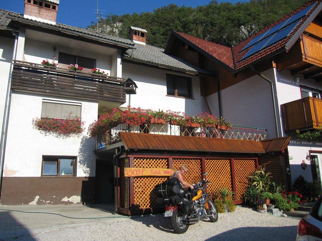 Rooms Ravnik
