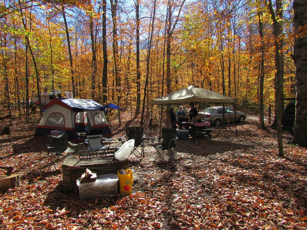 Nick's Lake Campground