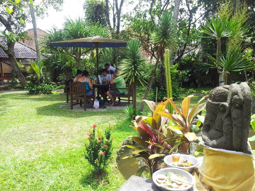 Harmony Restaurant & Villa