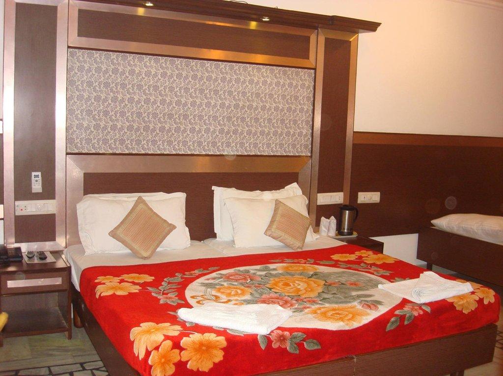 Hotel Rama Deluxe