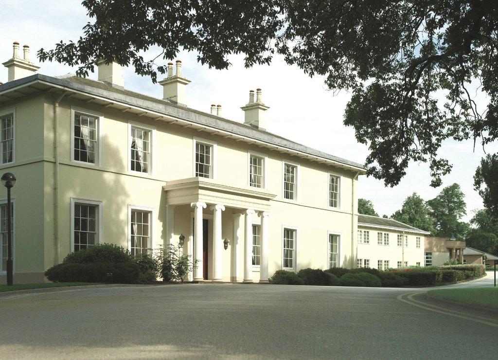 イーストウッド ホール