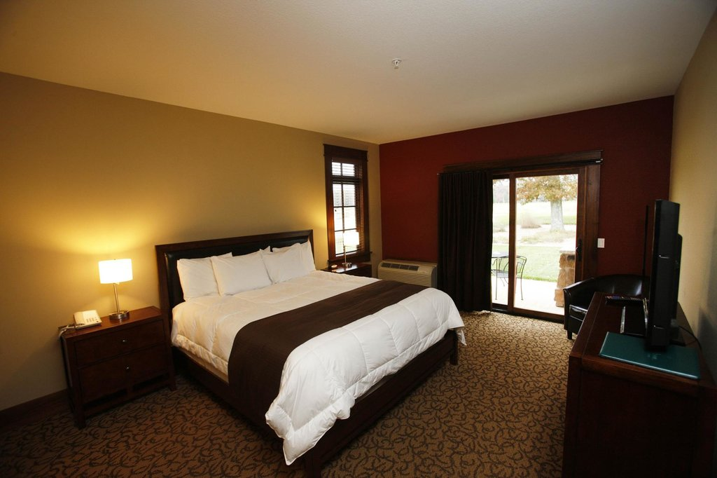 Lake AuSable Lodge at Forest Dunes Golf Club