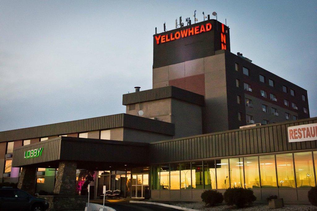 Yellowhead Inn