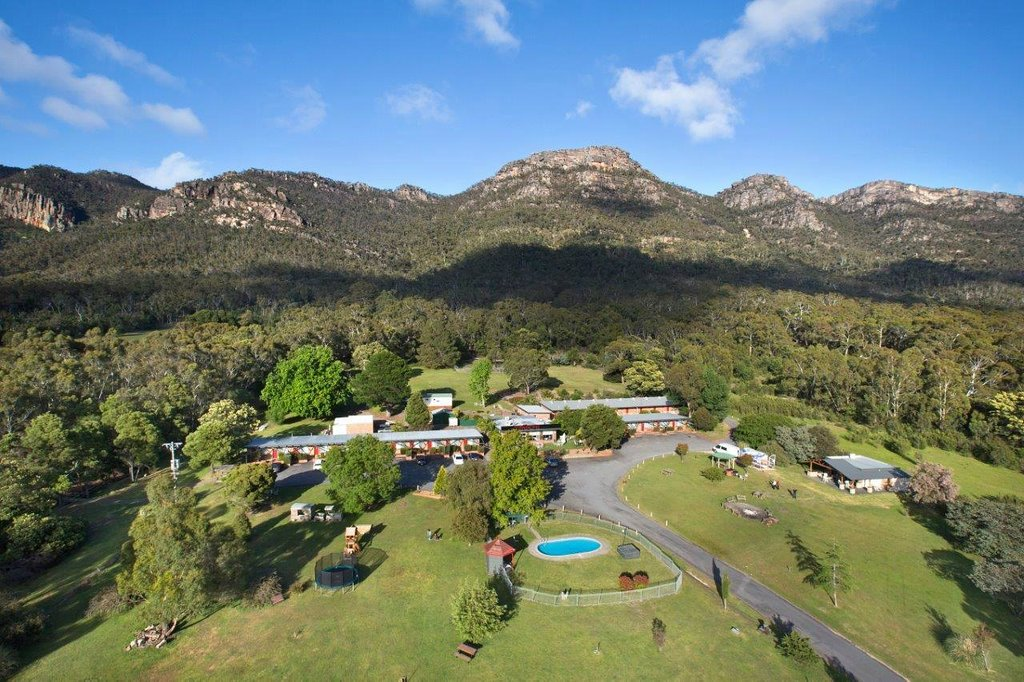 ‪The Grampians Motel & The Views Restaurant, Halls Gap‬