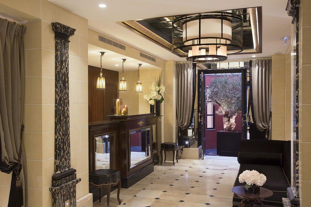 Le Belmont Hotel