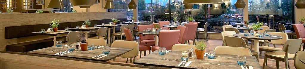 Seven Restaurant & Cafe Bar