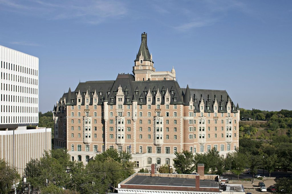Delta Hotels Bessborough