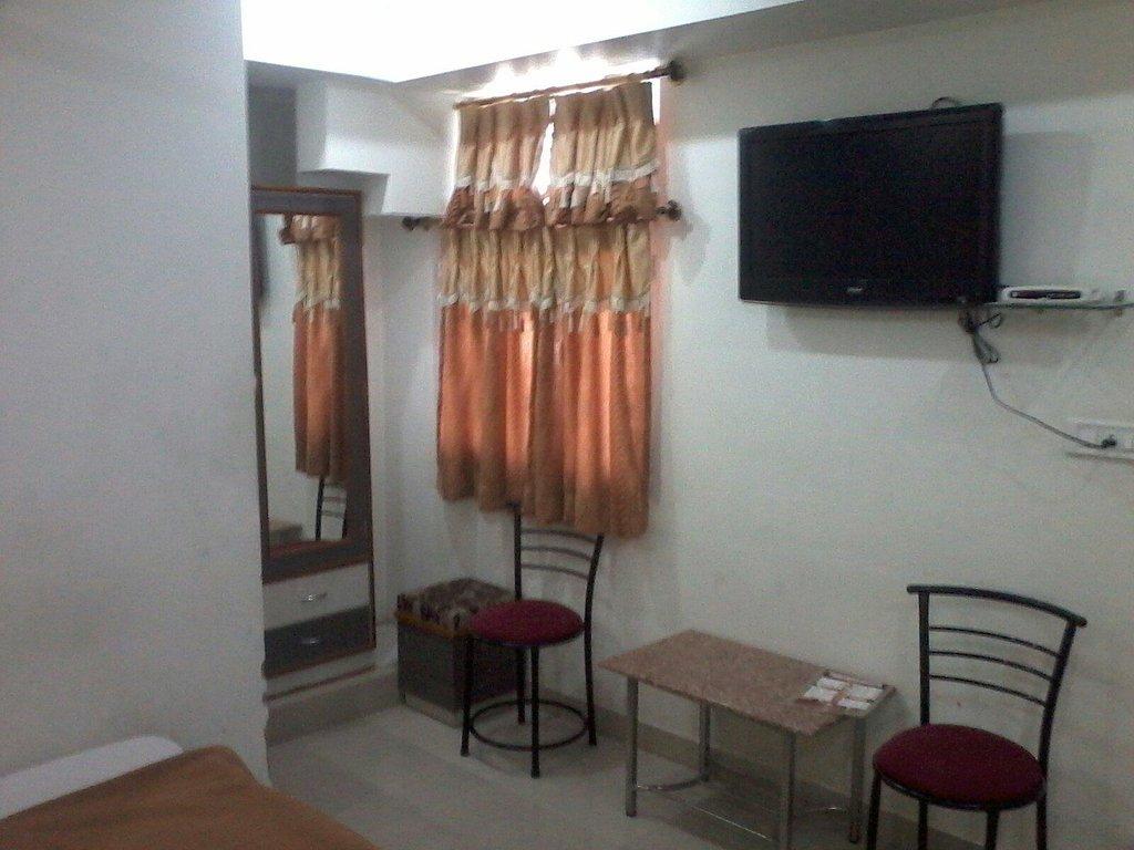 Hotel Shree Radhey