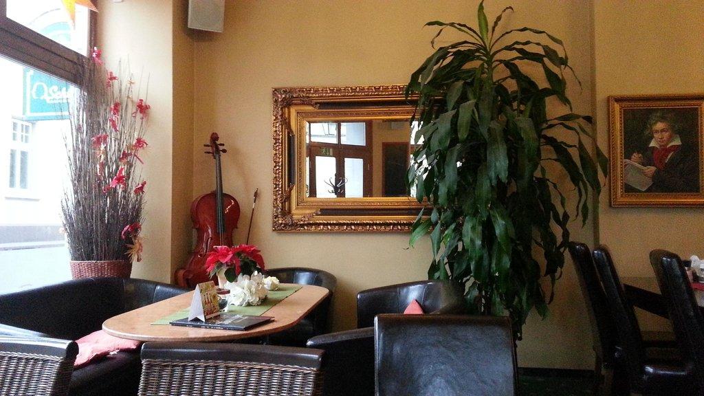 Schiller's Hotel und Bistro