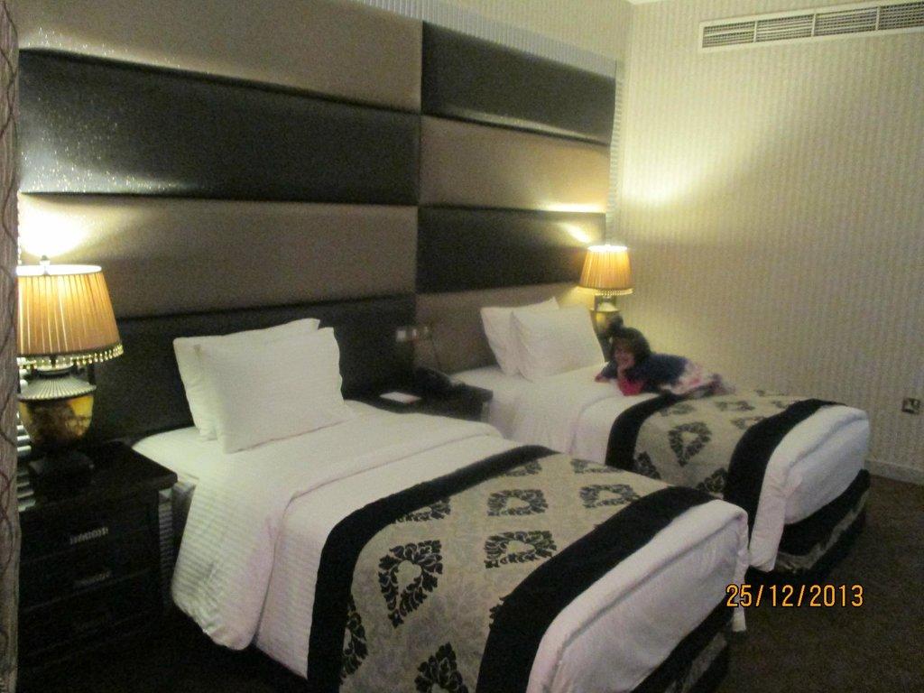 아브자르 그랜드 호텔