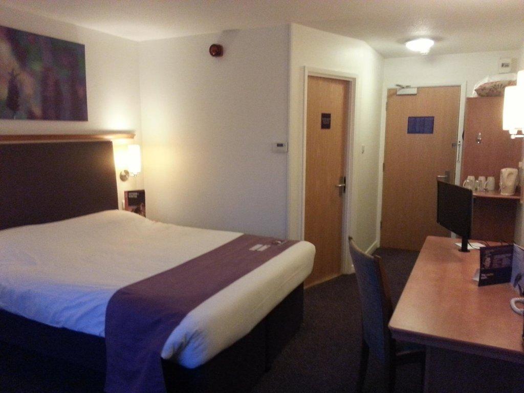 Premier Inn Manchester West Didsbury Hotel