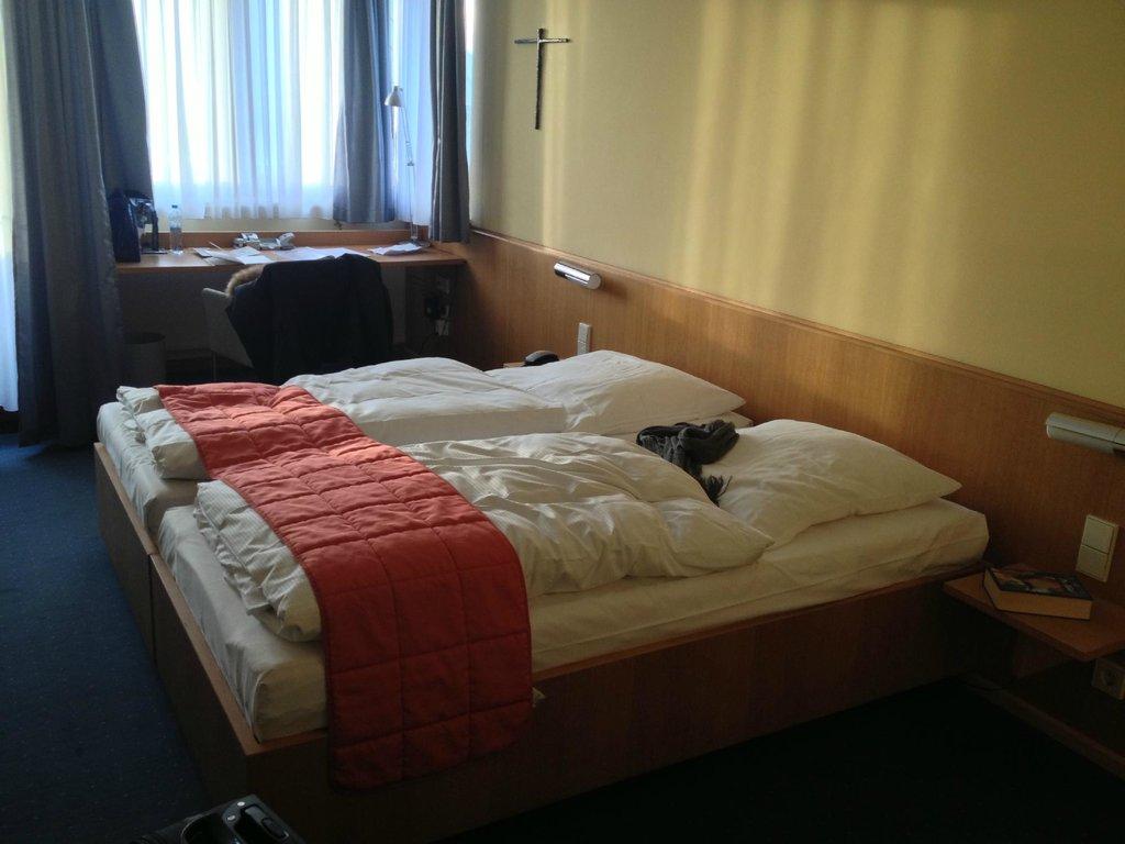 ホテル アクィノ
