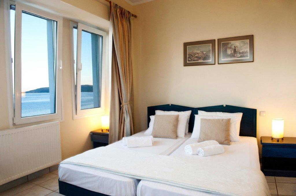 Sea Breeze Hotel Apartments