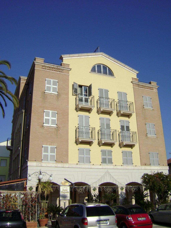 Hotel Majestic, Alba Adriatica