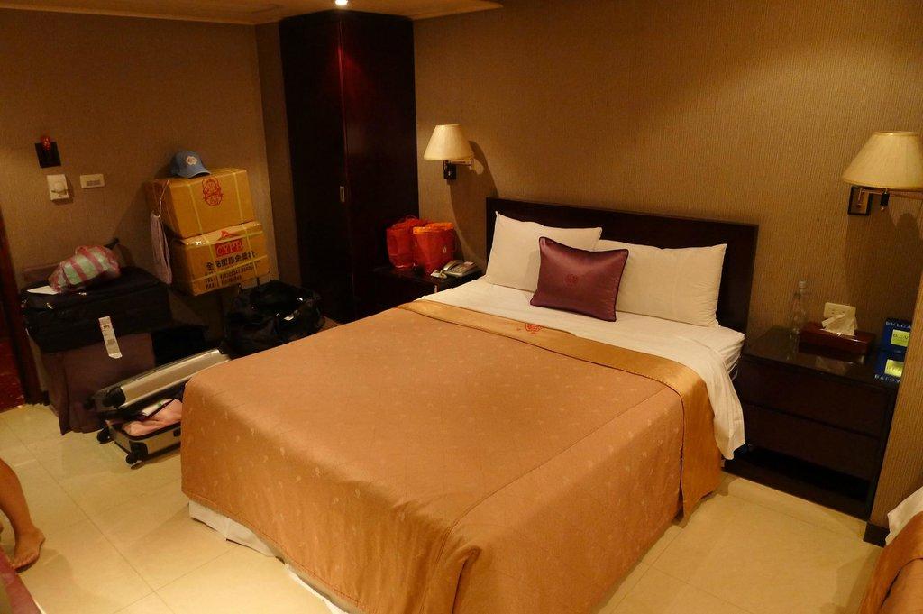 Pai Yueh Hotel