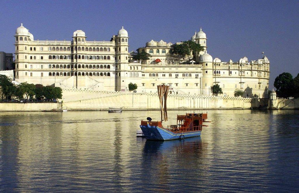 Kaveri Palace Hotel