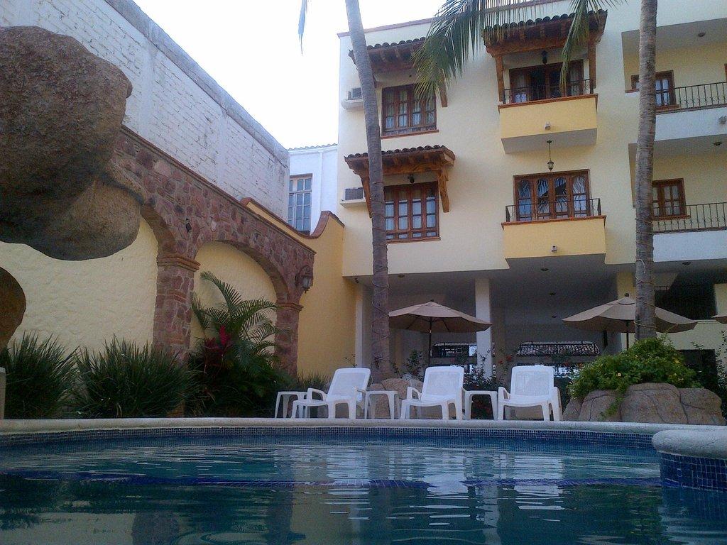 聖卡洛斯莊園巴亞爾塔港飯店