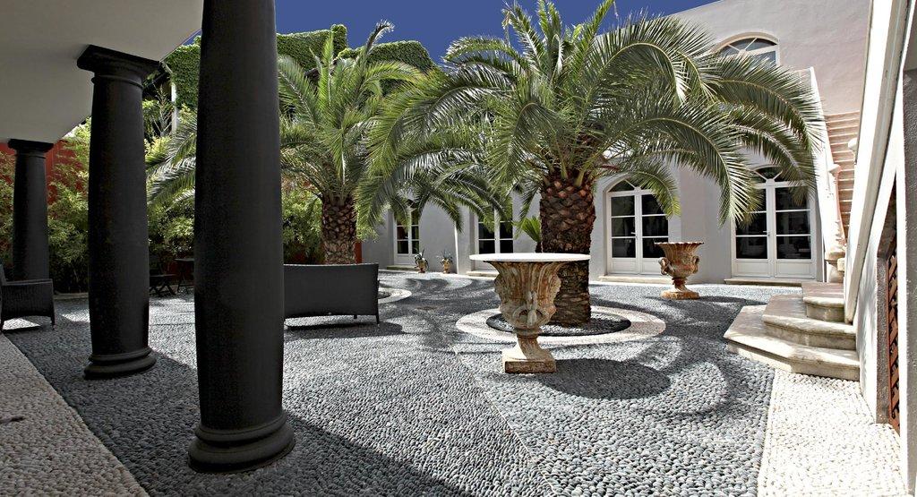 La Villa Nova