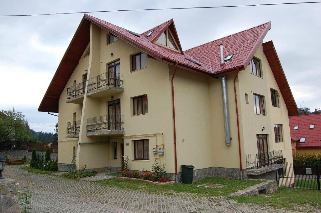 Iacob Residence