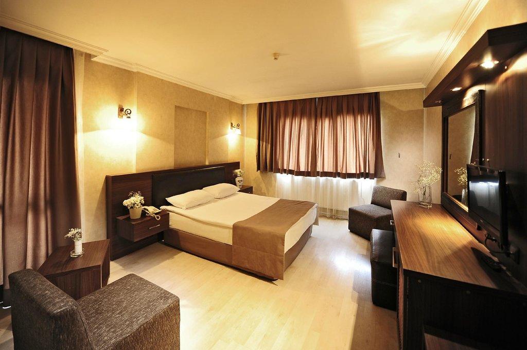 Ustun Hotel