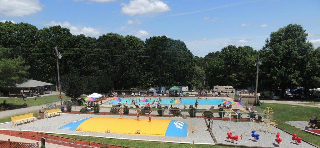 Midway Campground Resort, a North Carolina Campground & RV Park