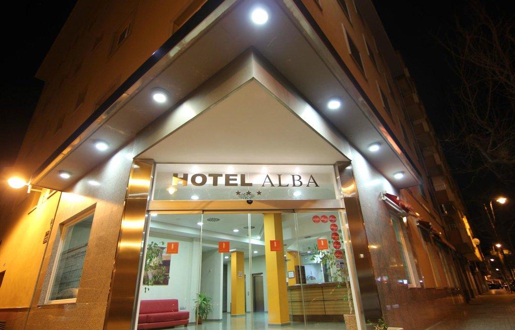 阿爾巴酒店