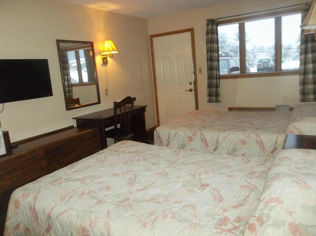 Boardroom Motel
