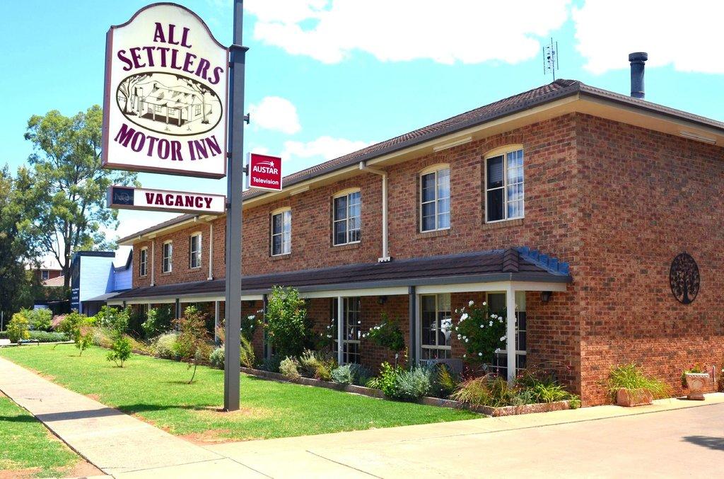 All Settlers Motor Inn