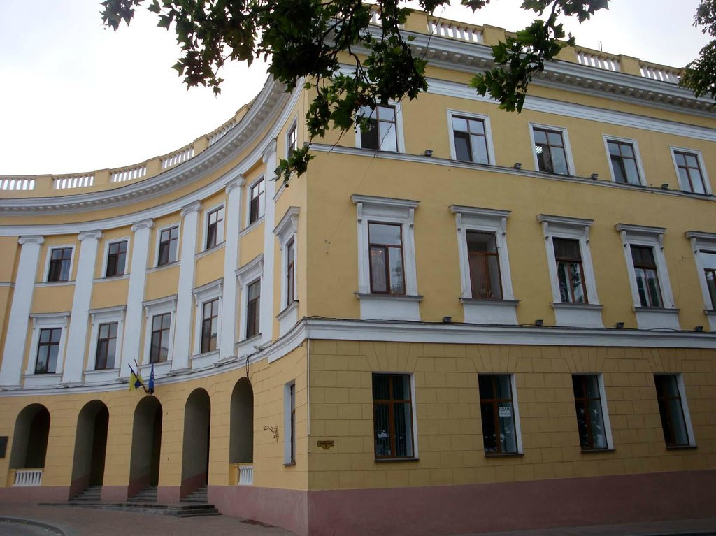 Apartment on Ekaterininskaya Square