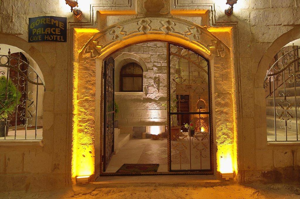 Göreme Palace Cave House
