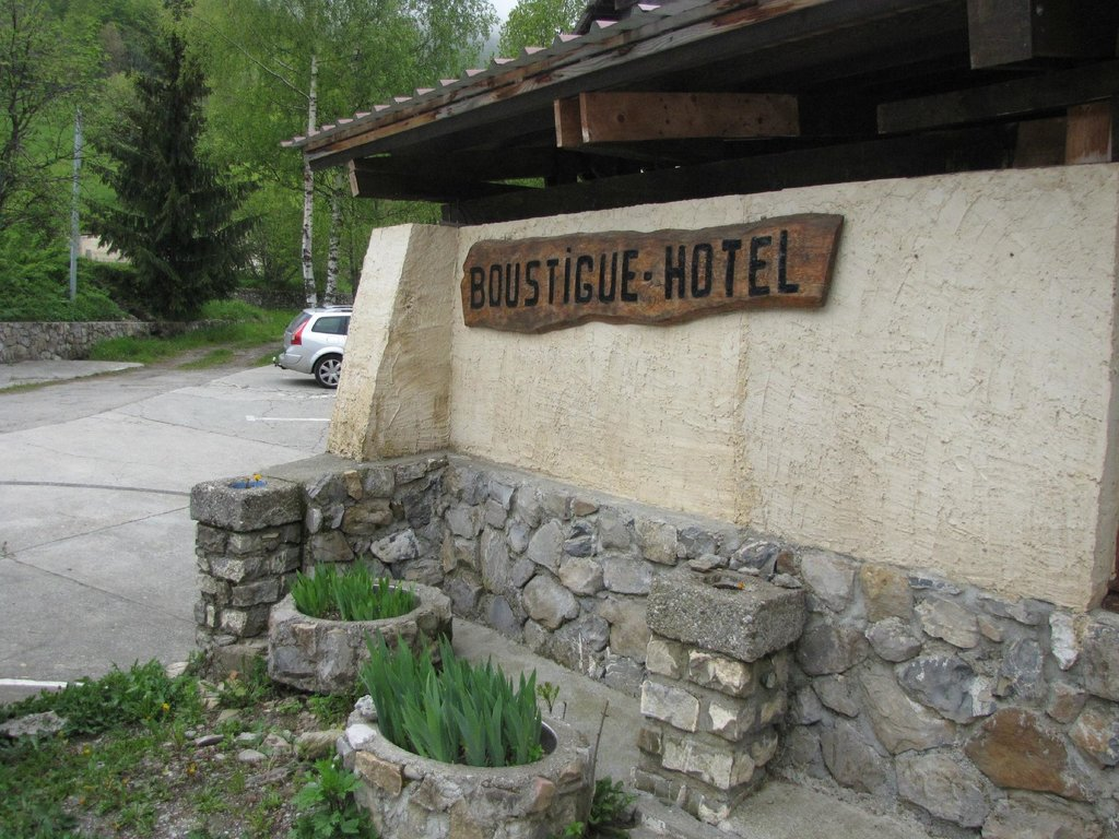 Boustigue Hotel-Restaurant
