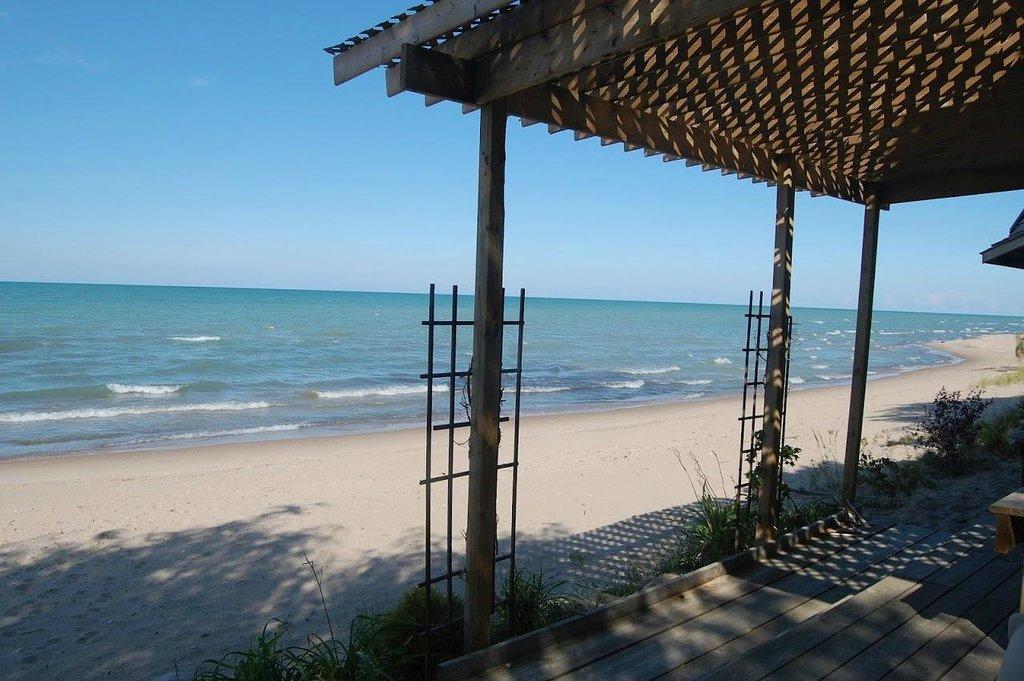 布倫特伍德海灘飯店
