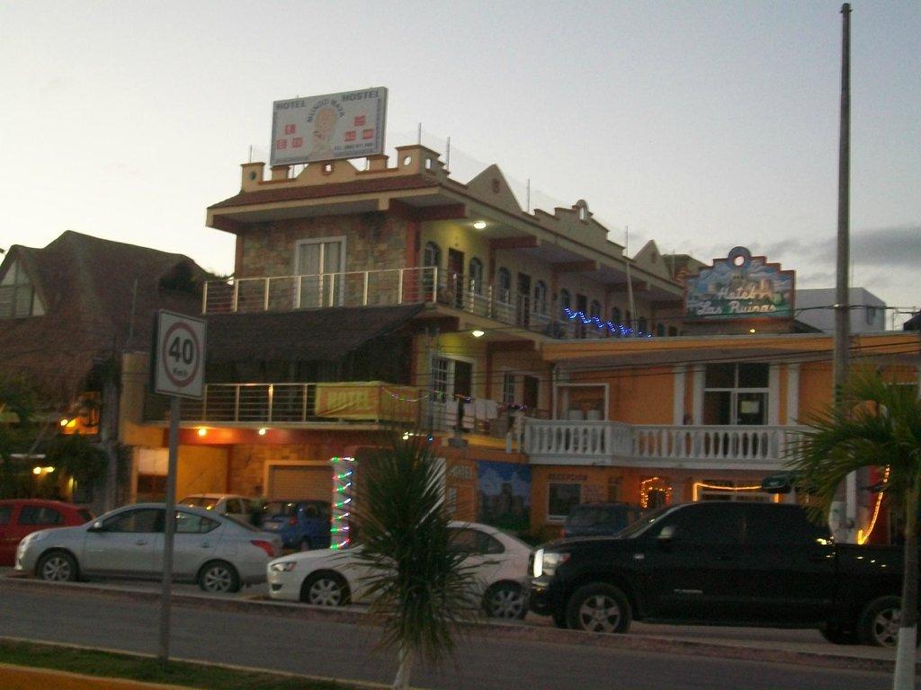 Hotel Hostel Mundo Maya