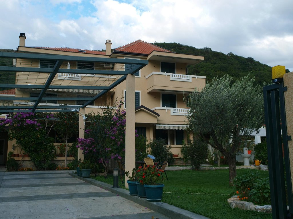 Apartments Lanista Dragovic
