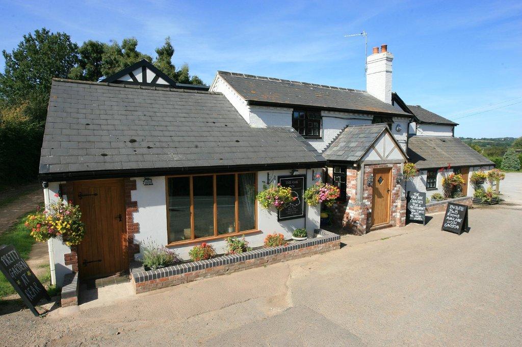 The Oak Inn Staplow
