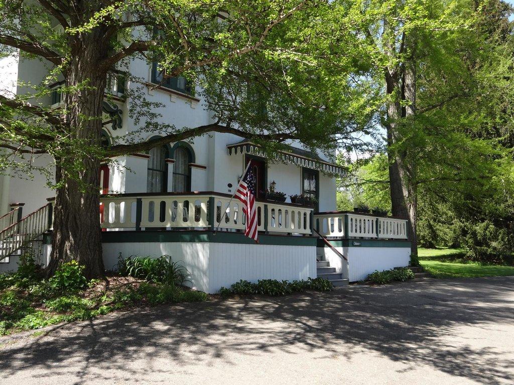 The Glenmary Inn