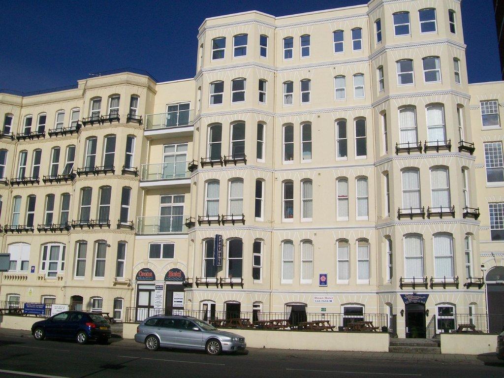 Ocean Hotel & Apartments