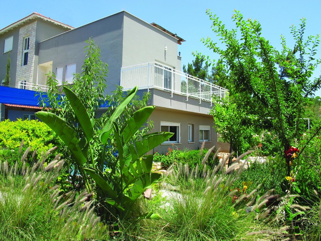 Shomron Guest House