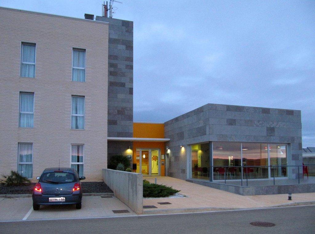 ホテル プルミエール クラッセ サラゴサ 280