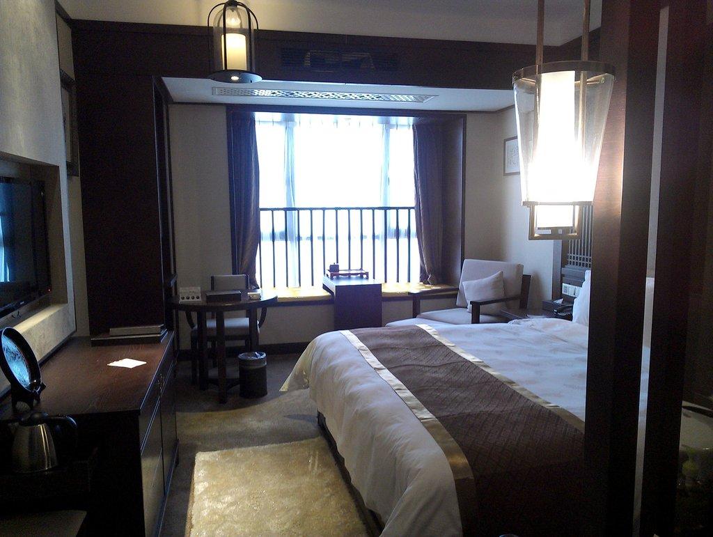 Chutian Junlin Hotel