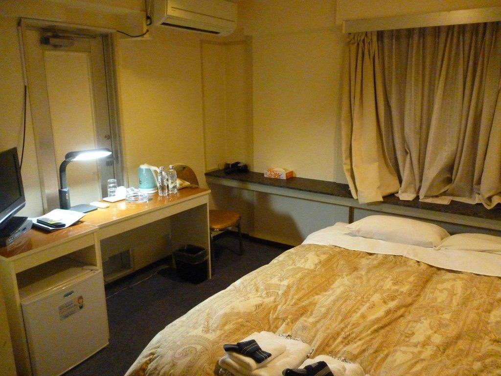 โรงแรมรอยัล อิเคบุคุโระ