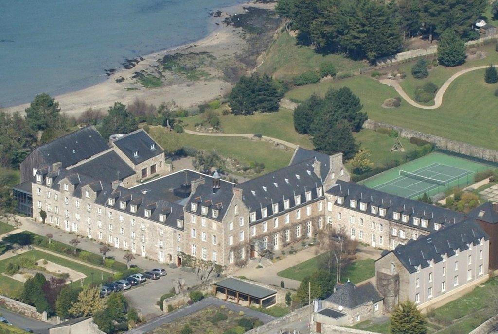 L'Abbaye de Saint-Jacut-de-la-Mer
