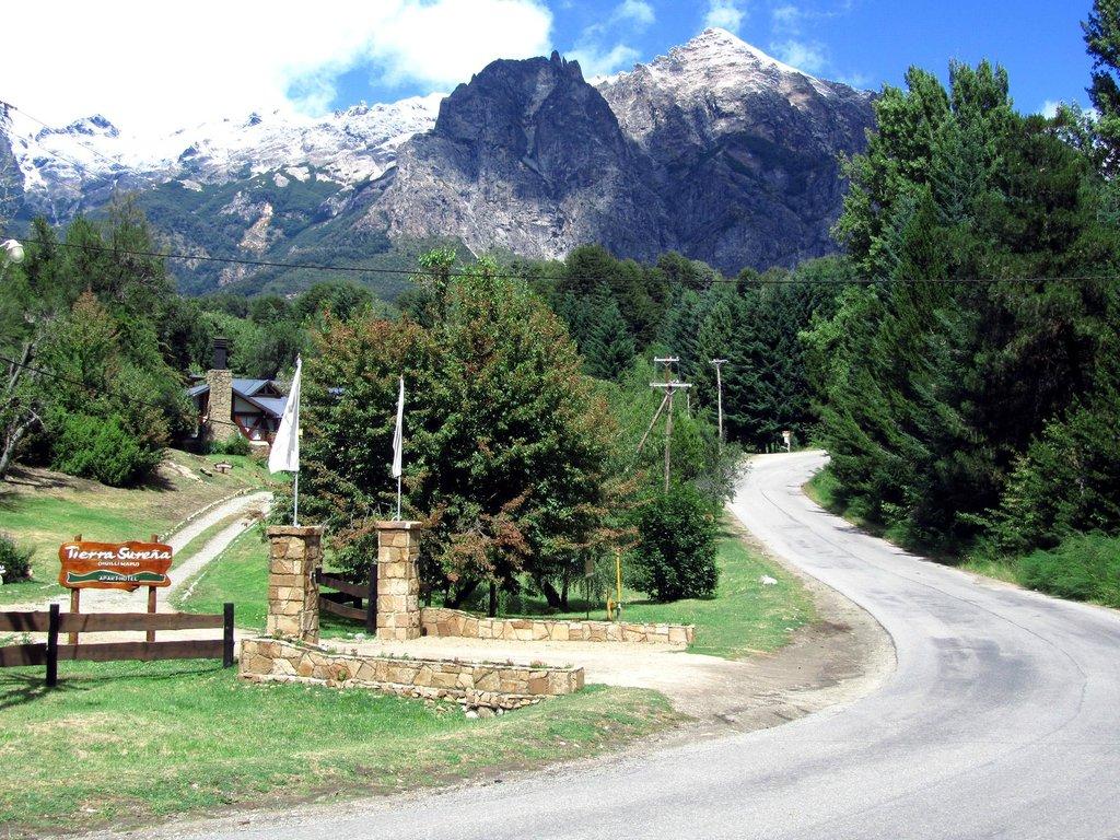 Tierra Surena