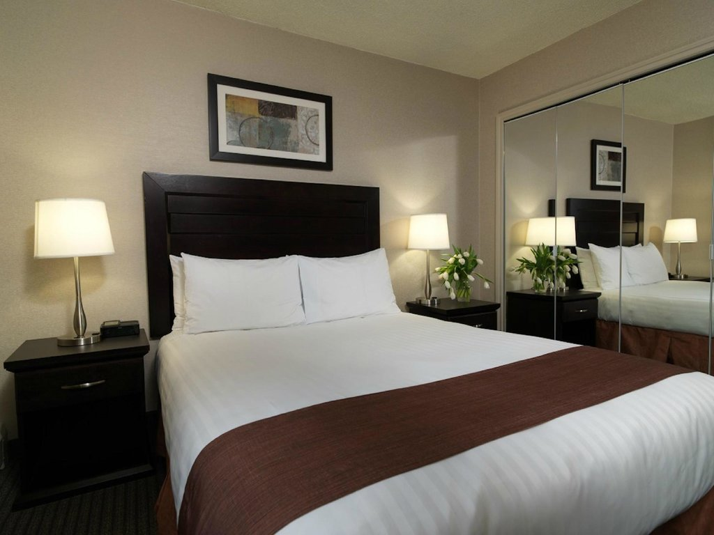 Regency Suites Hotel Calgary